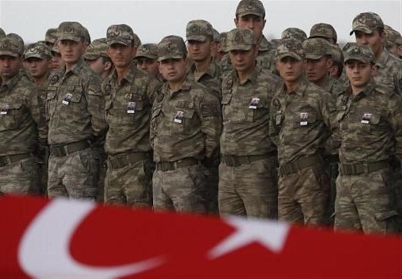 سخنان وزیر دفاع ترکیه در مورد زمان بندی خروج نظامیان این کشور٬ نشان دهنده این است که دولت اردوغان٬ تحت تاثیر مساله ادلب٬ تصمیمات تازهای در مورد سوریه گرفته است.