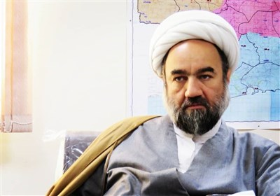 امام جمعه زاهدان: محرومیتهای حاشیه شهر زیبنده انقلاب اسلامی نیست