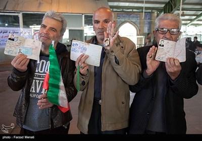 المشارکة الجماهیریة فی الانتخابات النیابیة فی مختلف المحافظات الایرانیة