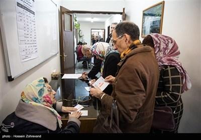 حضور اقلیت های مذهبی پای صندوق رای