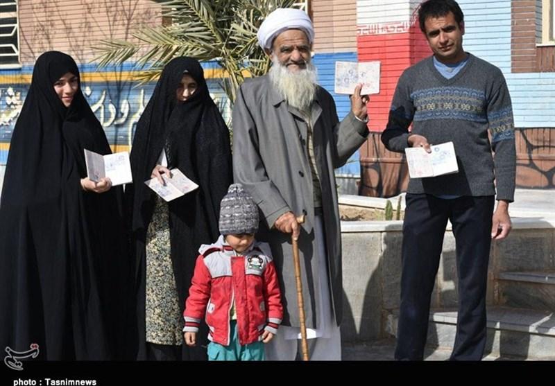 انتخابات ایران| حضور برادران وخواهران اهل سنت خراسان جنوبی در انتخابات مجلس