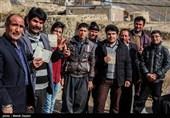 انتخابات ایران |مردم خراسان جنوبی گل کاشتند / شور انتخابات در کویر