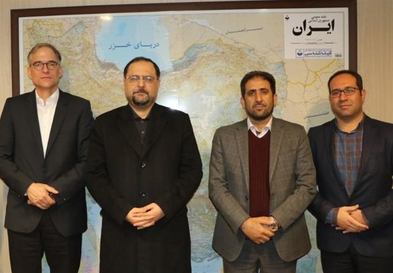 Iranian Rural Cooperative Body, German Company Discuss Seed Production
