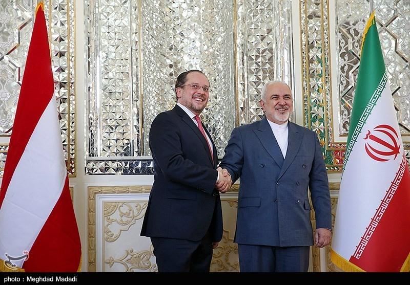Iran's Zarif Calls on EU to Preserve JCPOA through 'Action'