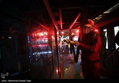 ضدعفونی کردن قطار شهری مشهد
