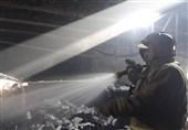 آتشسوزی گسترده در کارگاه چوببری + تصاویر