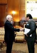 سفیر جدید پاکستان رونوشت استوار نامه خود را تقدیم ظریف کرد