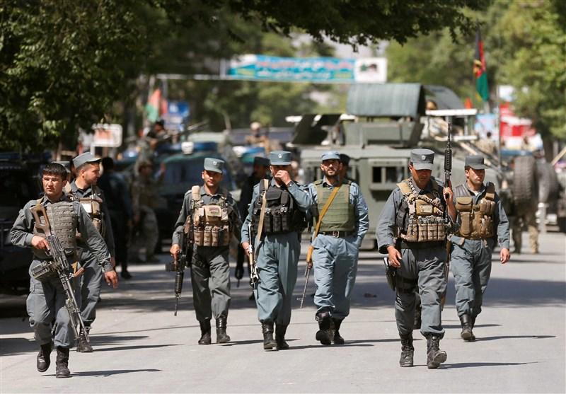رویترز: آمریکا یک میلیارد دلار از کمک به نیروهای افغان را کاهش میدهد