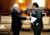 Iran's Foreign Minister, Pakistan's Ambassador Meet in Tehran
