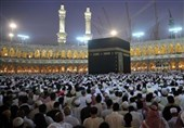 وزیر حج عربستان: کشورهای اسلامی فعلا برای حج برنامه ریزی نکنند
