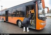 ضدعفونی کردن ناوگان حمل و نقل عمومی در کرمانشاه + تصاویر