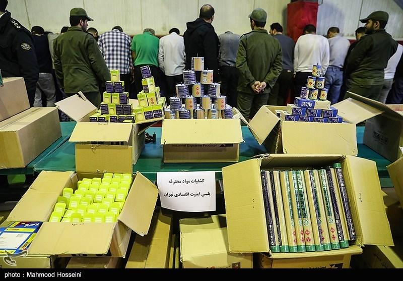 تهران| 90 هزار ماسک و 600 کارتن دستکش بهداشتی در انبارهای شهرستان ری کشف شد