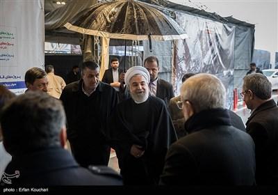 ورود حسن روحانی، رئیس جمهور به آیین افتتاح فاز یک آزادراه تهران-شمال