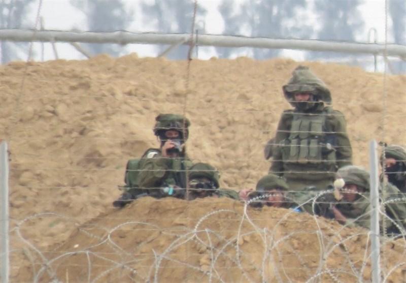 جرافات الکیان الصهیونی تتوغل جنوب قطاع غزة