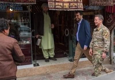 نمایش خیابانی فرمانده نیروهای آمریکایی و ناتو در کابل