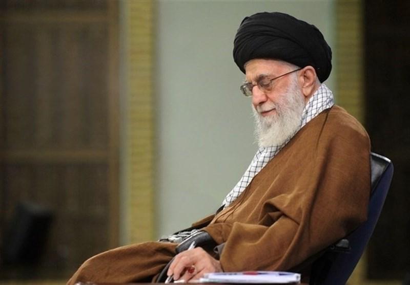 قائد الثورة الاسلامیة یشید بجهود قوات الامن الداخلی فی البلاد