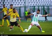 اصفهان| برتری یک گله سپاهان مقابل پارس جنوبی در پایان نیمه نخست