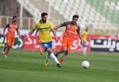 لیگ برتر فوتبال  برتری یک نیمهای صنعت نفت آبادان مقابل سایپا