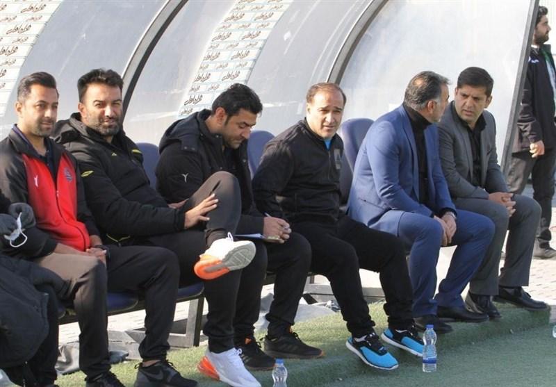 دینمحمدی: مقابل تراکتور انگیزه حرف اول را میزند/ قهرمانی پرسپولیس قطعی نیست