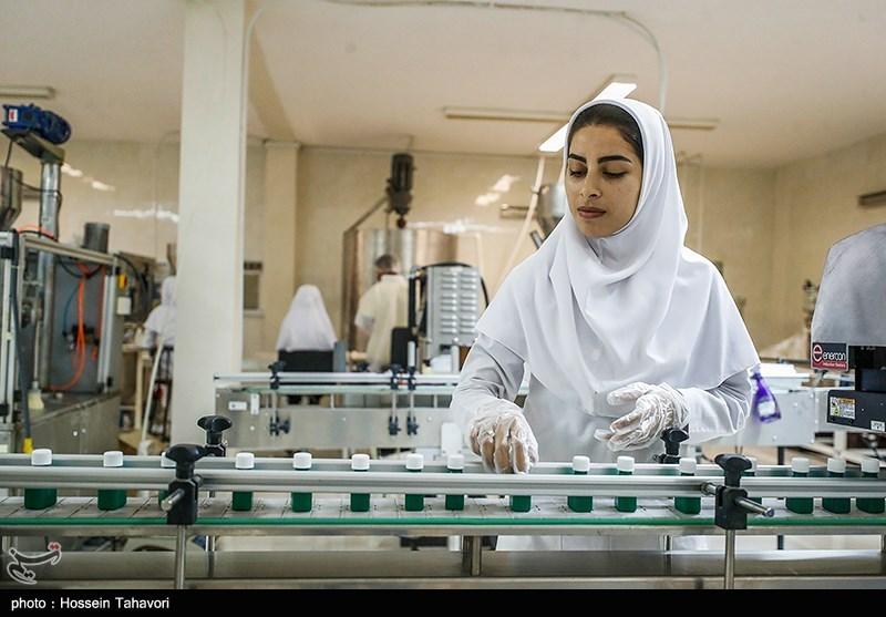 بسیج سازندگی هم به عرصه آمد / آغاز تولید انبوه انواع ماسکهای بهداشتی در اردبیل