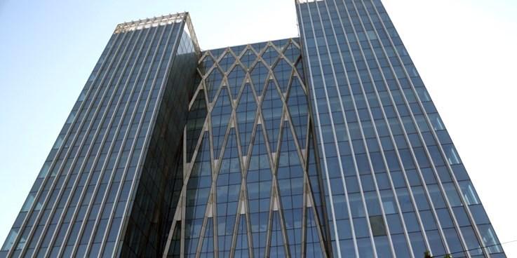 دو شرکت فرابورسی بازارگردان معرفی کردند