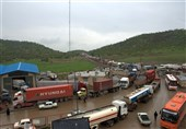 Iran's Border Trade with 4 Neighbors Underway: Official