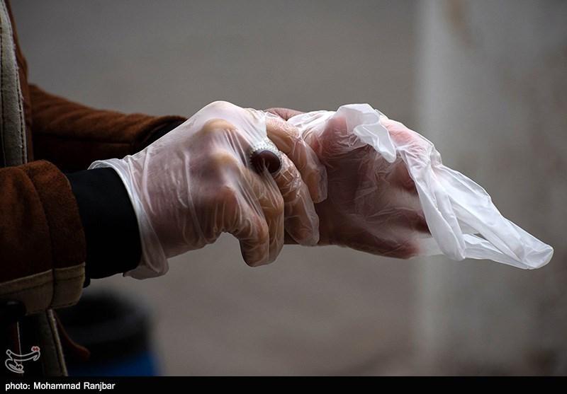 دستکشهای کشف شده از محتکران در داروخانههای شبانه روزی البرز توزیع میشود