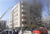آتشسوزی گسترده در یک مجتمع 34 واحدی+ تصاویر