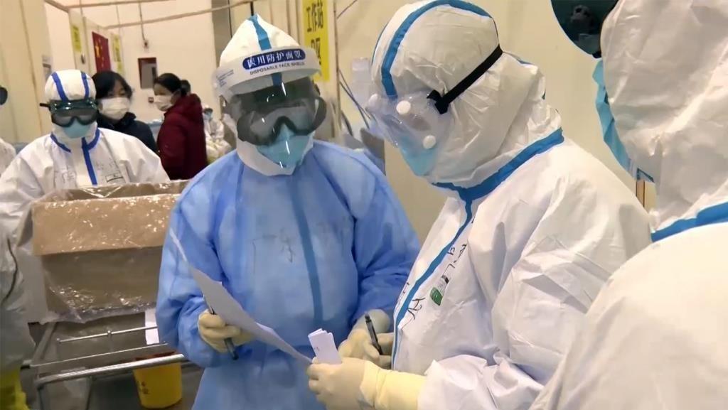 ستاد کرونای خراسان شمالی در برابر سؤالات بیپاسخ ؛ بزرگترین مرکز درمان کروناییها تخلیه شد