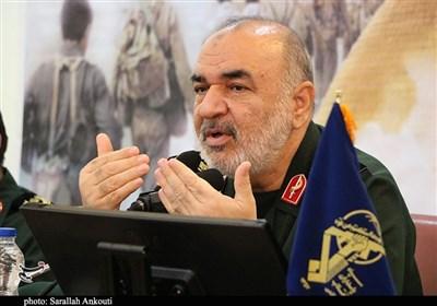 سردار سلامی: در تولید قدرت متوقف نمیشویم