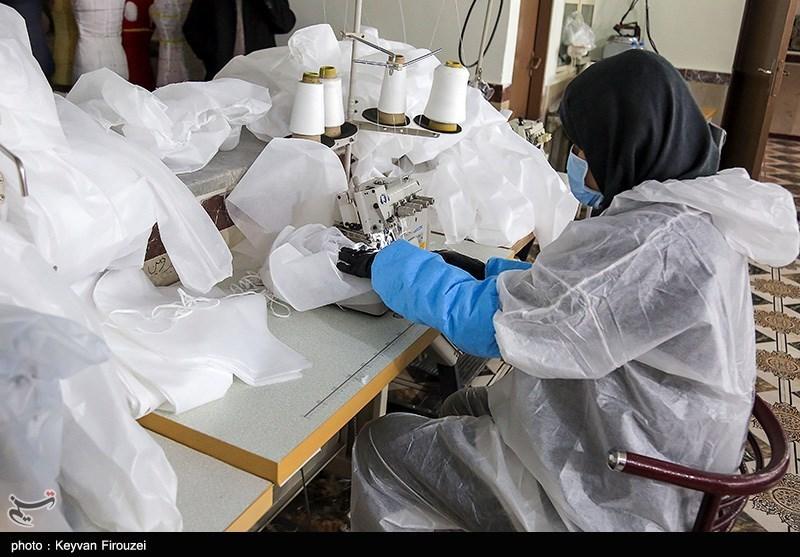 تولید 60 هزار لباس ایزوله بیمارستانی با مشارکت بنیاد برکت+فیلم