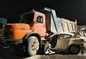 تصادف مرگبار مزدا 3 با کامیون + تصاویر