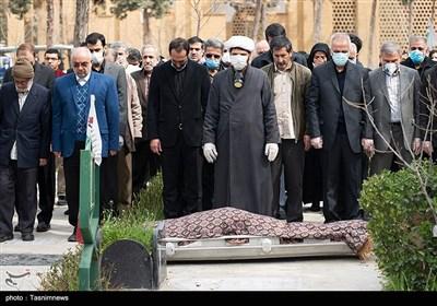 مراسم تدفین پیکر مرحومه فاطمه رهبر