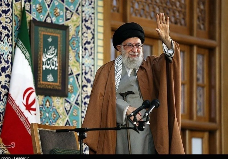 Leader Urges Iranian Armed Forces to Boost Fight against Coronavirus