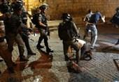 حملة اعتقالات تطال 13 فلسطینیا بالضفة والقدس المحتلتین