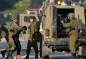 بازداشت 27 فلسطینی در یورش نظامیان صهیونیست به مناطق مختلف کرانه باختری