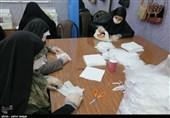 تولید جهادی ماسک بهداشتی در رشت به روایت تصویر