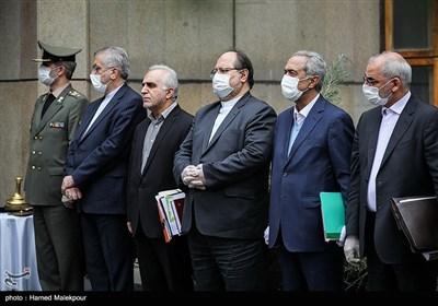 اعضای هیئت دولت در حاشیه آخرین جلسه هیئت دولت در سال ۹۸