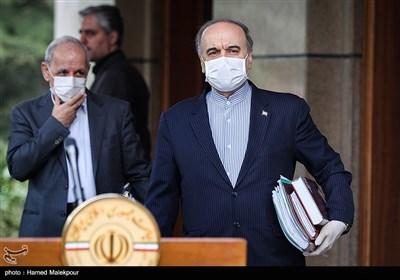 مسعود سلطانیفر وزیر ورزش و جوانان در حاشیه آخرین جلسه هیئت دولت در سال ۹۸
