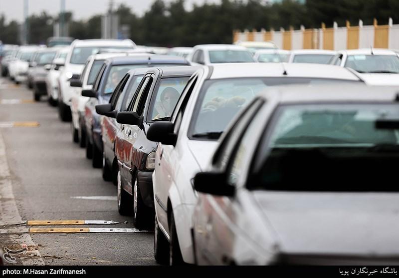محدودیت تردد در راههای فرعی شهرستانهای تهران به تشخیص فرمانداران اعمال میشود