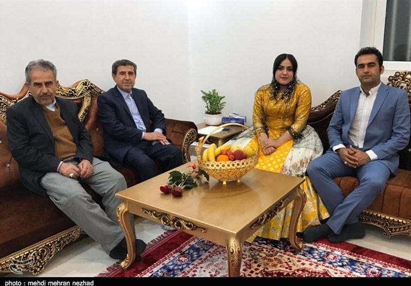 بوشهر| زوج جوان جمی هزینههای جشن عروسی خود را صرف مبارزه با کرونا کردند