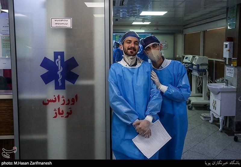 تحویل سال نو در بخشهای ویژه کرونای بیمارستان بعثت