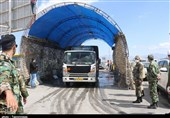 گیت ضدعفونی ناوگان ورودی به ارومیه در محل میانگذر شهید کلانتری آغاز بهکار کرد + تصاویر