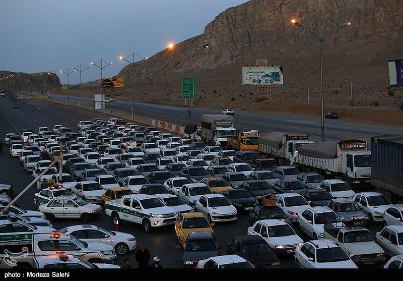 اتمام حجت فرمانده انتظامی اصفهان با مسافران نوروزی / اعمال محدودیتهای سختگیرانه در  محورهای مواصلاتی