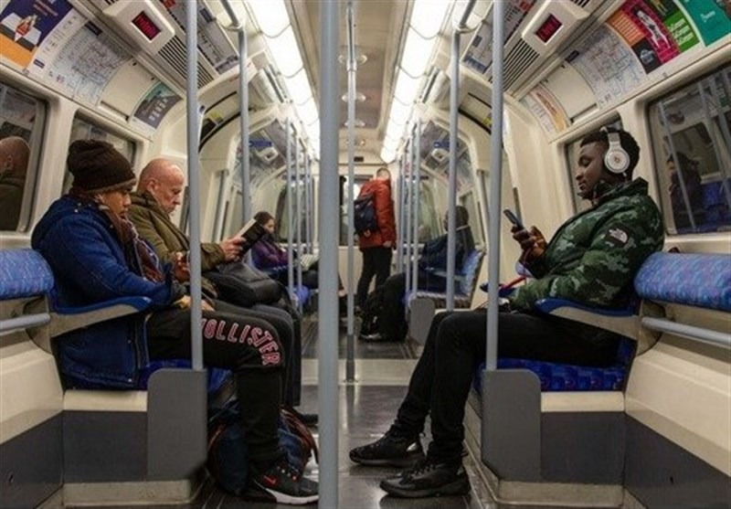 کاهش 70 درصدی استفاده مسافران از متروی لندن با شیوع کرونا