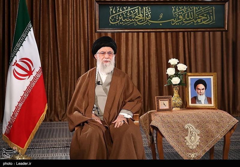 رهبر معظم انقلاب در سخنرانی نوروز:کشور ظرفیت مقابله با چالشها را در هر سطحی دارد/ آمریکا خبیثترین دشمن ملت ایران است/ همه به دستورات ستاد ملی مقابله با کرونا عمل کنند