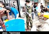 ضدعفونی کردن محلههای خرمآباد توسط جوانان انقلابی + فیلم