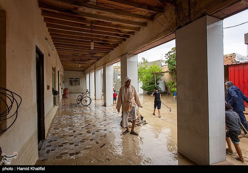 گزارش ویدئویی تسنیم 40 روستای شهرستان دشتیاری در محاصره سیل / وضعیت بحرانی در قصرقند، نیکشهر، چابهار، کنارک، دشتیاری و دلگان