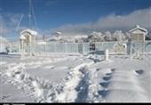 راه ارتباطی 120 روستای هشترود بر اثر بارش برف و کولاک بسته شد/ارتفاع برف به 40 سانتیمتر رسید