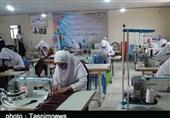 گزارش ویدئویی تسنیم| اقدام جهادی سپاه لرستان در ایجاد کارگاههای تولید ماسک / همت بانوان بسیجی برای شکست کرونا